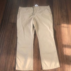 Men's American eagle khaki pants new with tags
